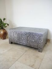 BLACK/SILVER EMBOSSED COFFEE TABLE (WITH DRAWERS)