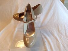Chinese Laundry ladies beige patent leather mary jane pumps in size 9.5 medium