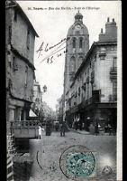 TOURS (37) COMMERCES , Rue des HALLES trés animé en 1904