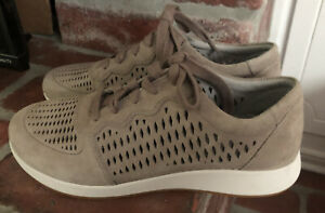 Dansko Charlie Perforated Suede Shoes Sneakers Comfort Womens Size 40 9.5-10