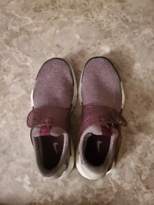 Nike Sock Dart Womens 862412-600  Maroon  Size 8 Womens