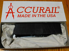Accurail HO #4300 (40' wd Box Metal End) (Car may be Black or Red)