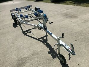 Brand new Extreme 750kg trailer for rib up to 5m, 16' boat 24 month warranty