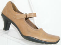 Kenneth Cole Reaction Walk On By brown leather square toe mary jane heel 8M