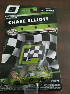 Chase Elliott Nascar Authentics 2019 Wave 05 beautiful car Raced version