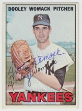 1967 TOPPS DOOLEY WOMACK AUTO AUTOGRAPH SIGNED NY YANKEES CARD #77