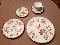 5 Piece Wedgwood SWALLOW Place Setting Dinner Plate Cup & Saucer Salad Dessert P