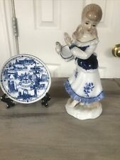 Collectible Great Britain Minature Plate And Girl Figurine