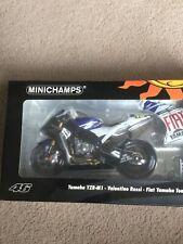 Minichamps 1.12 Valentino Rossi Fiat Yamaha YZR M1 2007
