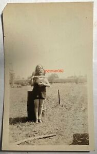 LESBIAN GAY C 1920'S PHOTOS CATCHES EMBRACE BROAD SMILES  BEACH OR LAKE WOMEN