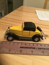 WELLY DIECAST FORD ROADSTER 8875  YELLOW CAR MODEL Excellent Condition