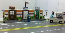 LEGO City Custom POST OFFICE / UPS / FEDEX with Minifigure & TRUCK Ready to Play