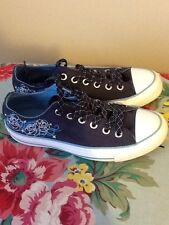 Converse All Star Womens size 7