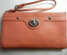 COACH  CORAL PEBBLED LEATHER TURNLOCK WRISTLET BAG