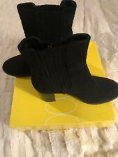 Joan And David Booties Black Size 7