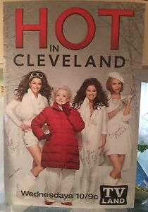 2 Ft By 3 Ft Hot In Cleveland Cast Autographed Studio Poster Betty White Etc