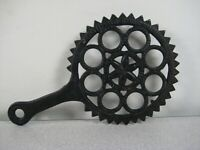 Cast Iron Hex Pattern Trivet with Handle - Taiwan Repro