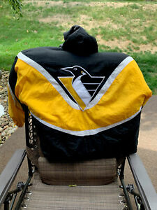 L  Apex One NATIONAL Hockey LEAGUE Winter JACKET W/hood PITTSBURGH PENGUINS 90's