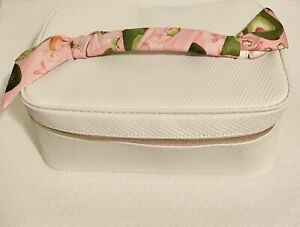 New ~ Estee Lauder White With Pink Bow Handle Veggies Makeup Bag Travel Case