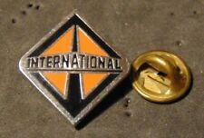 International Trucks Logo Pin Lapel epingle