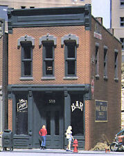 NEW Design Preservation Models Kelly s Saloon Kit HO 10100