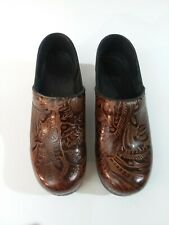 Womens DANSKO Professional Nursing Brown Tooled Leather Brown Clogs Eur 39