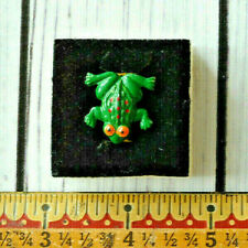 vintage cute frog pin brooch animal detailed green spotted