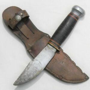 MARBLE'S USA vintage Woodcraft hunter-skinner knife, leather sheath; needs TLC