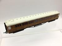 Hornby R4172A OO Gauge LNER Gresley Corridor 3rd Coach 364