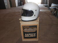 RARE Vintage BUCO Motorcycle Helmet 70s Full Face w// Shield Visor Silver NIB XL