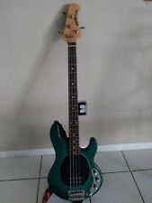 Ernie ball music man stingray bass