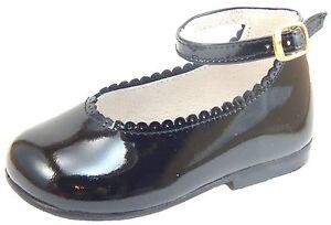 DE OSU -SPAIN - Baby Girls Black Patent Leather Dress Shoes - European Sizes 3-6