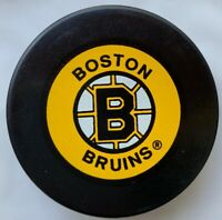 BOSTON BRUINS VINTAGE NHL IN GLAS CO. LTD  HOCKEY PUCK MADE IN CZECHOSLOVAKIA