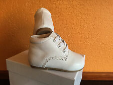 Toddler Boy Girls Shoes White Leather US Size 2 Compared Stride Rite Walker