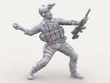 Legend 1/16 120mm US Navy SEAL #4 M18 Smoke Grenade & SCAR-H Mk.20 SSR LF3D16007