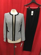 """TAHARI PANT SUIT/NEW WITH TAG/RETAIL$280/SIZE 14W/INSEAM 32""""/PLUS SIZE/LINED"""