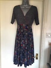 ❤️East Dress Size 10 Navy With Red Blue Beige Patterns Fit & Flare Style VGC