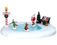 Lemax 64045 - North Pole Ice Follies, Santa`s Wonderland, Weihnachtsdorf,
