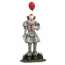 Diamond Select Toys Jun192381 It Chapter 2 Gallery Pennywise PVC Figure