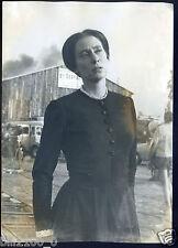 """l'actrice Pascale de Boysson sur le tournage du film """" un coeur simple """" . 1961"""