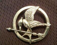 "Vintage Pierced White Metal  FLYING BIRD w ARROW Button , 1-1/8"""