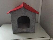 Animal Planet chat/petit chien lit de Noël Maison Mignon/Fun/Bizarre/cadeau/Neuf sans étiquettes