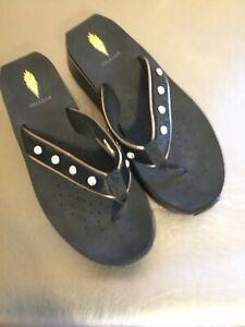 VOLATILE Black Patent Leather Faux Fur Rhinestone Wedge Sandals Size 10