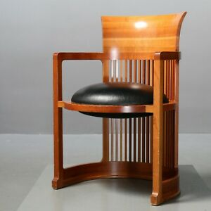 Frank Lloyd Wright für Cassina 606 Barrel Stuhl Chair Kirschholz Cherrywood