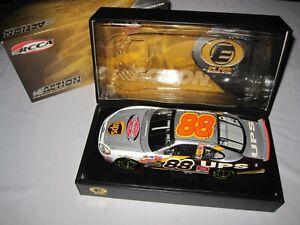 Dale Jarrett #88 UPS The Victory Lap 2003 Taurus Elite 1:24 NASCAR Diecast