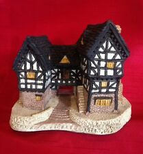 David Winter ~ Tudor Manor House ~ Rare ~ Very Early Version with Banner ~ 1981