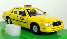 Nex Models 1/24-27 Scale - 1999 Ford Crown Victoria Taxi Diecast model car