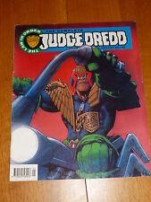 The COMPLETE JUDGE DREDD Comic - No 4 - Date 05/1992 - UK Paper Comic