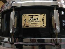 Pearl Limited Edition Masters Studio 5x14 Snare Drum Black Lacquer MstrCast Hoop