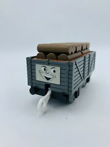 Thomas & Friends Trackmaster Troublesome Truck With Stacked Lumber Cargo